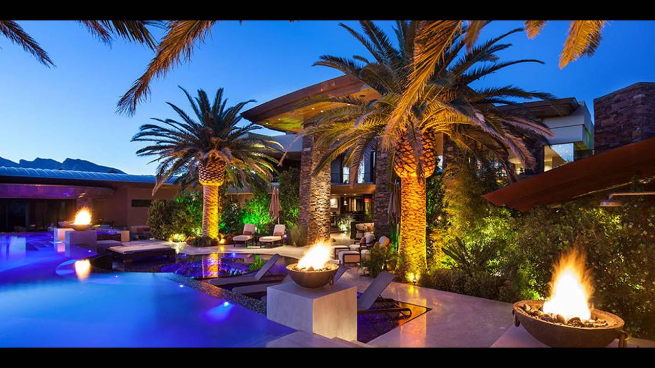 David-Copperfield-Las-Vegas-Mansion-Pool-Area-1200x600