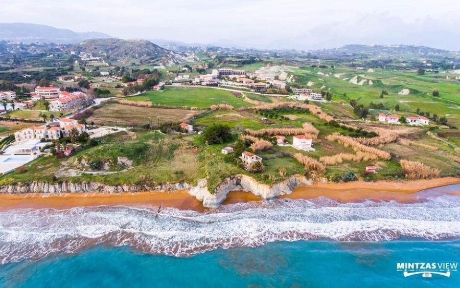 Παραλία Ξι -  Εναέριες λήψεις που εντυπωσιάζουν (εικόνες)
