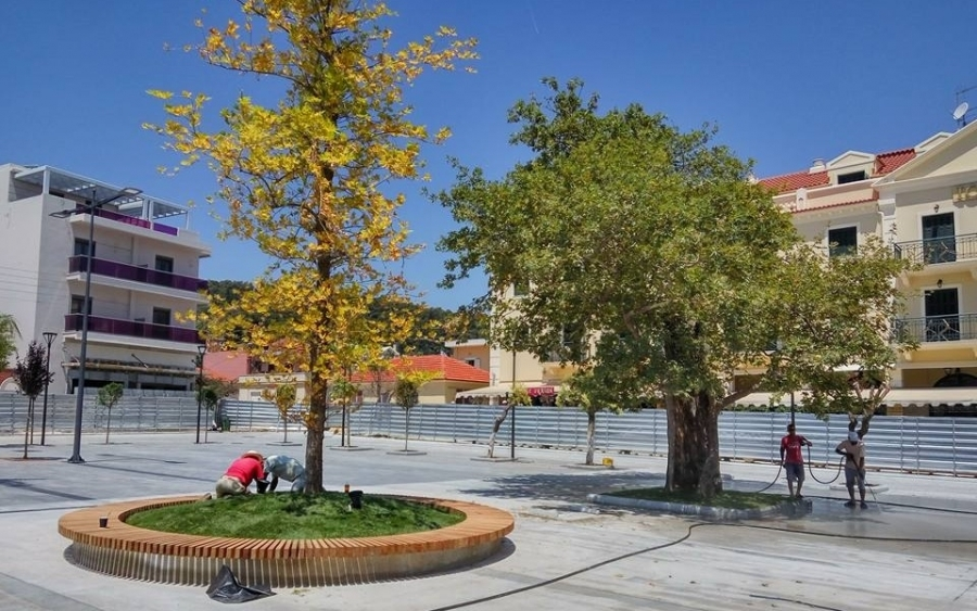 The main square of Argostoli and P. Vallianou Street will be used for the citizens
