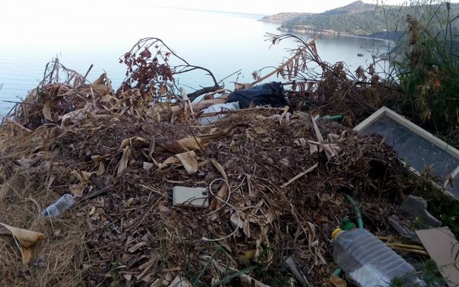 Παράνομη χωματερή στον Πόρο (εικόνες)