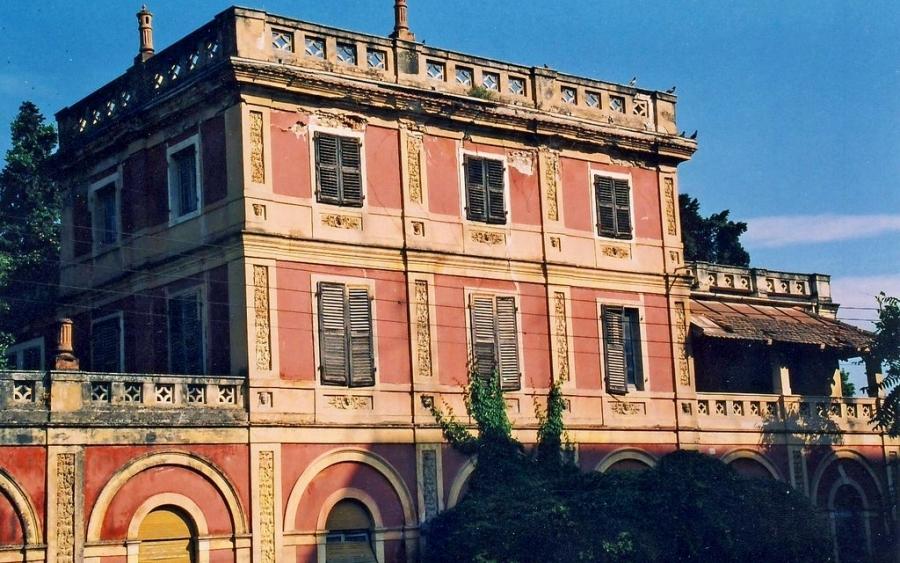 Τη σύμβαση της μελέτης για την αποκατάσταση της ,Βίλα Ρόσσα στην Κέρκυρα υπέγραψε ο Περιφερειάρχης