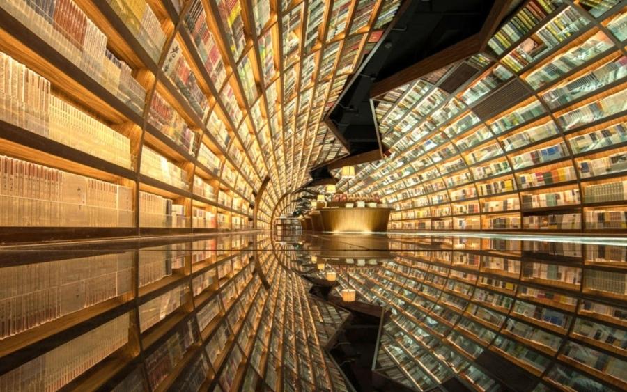 Το πιο φουτουριστικό βιβλιοπωλείο στον κόσμο ρέει σαν... ποταμός