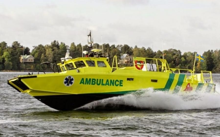Έρχονται τρία πλωτά ασθενοφόρα του ΕΚΑΒ στο Αιγαίο