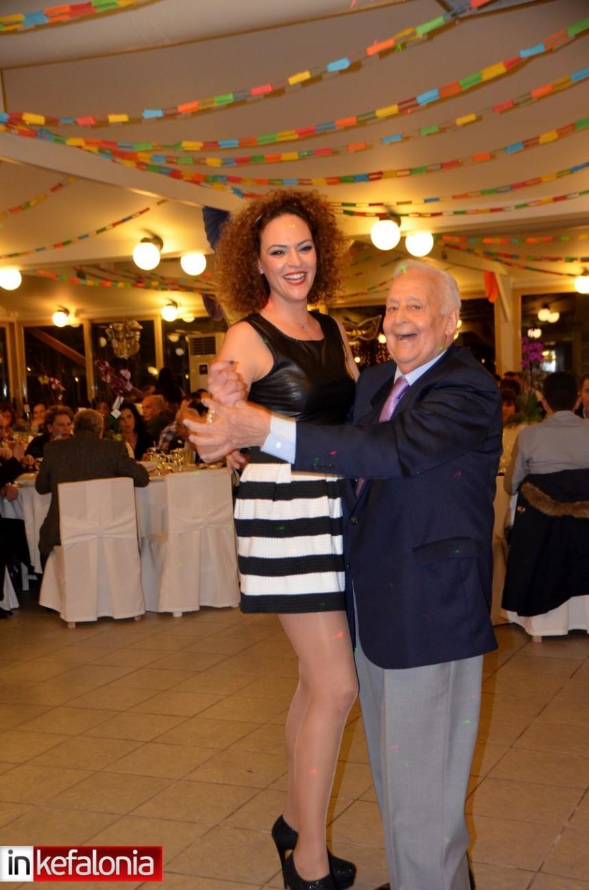 Με μεγάλη επιτυχία ο ετήσιος χορός της Αστυνομίας (εικόνες)