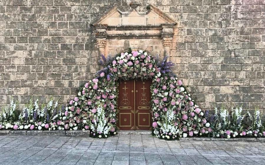 ac0b77f80427 Εντυπωσιακός στολισμός γάμου από το «BENETATOS Flowers» (εικόνες ...