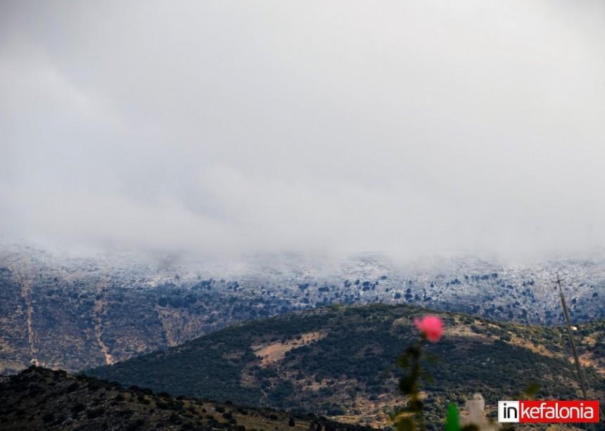 """""""Άσπρισε"""" και το βουνό στα Διλινάτα"""