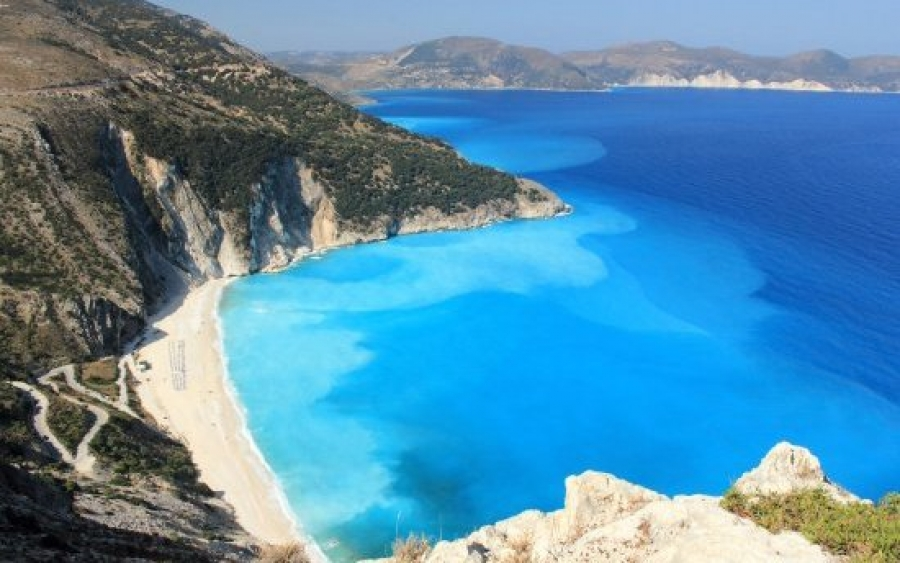 The newspaper BILD explores the beach of MYRTOS !