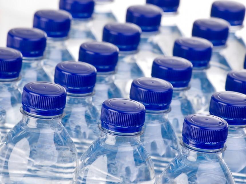 Αποτέλεσμα εικόνας για εμφιαλωμενο νερο