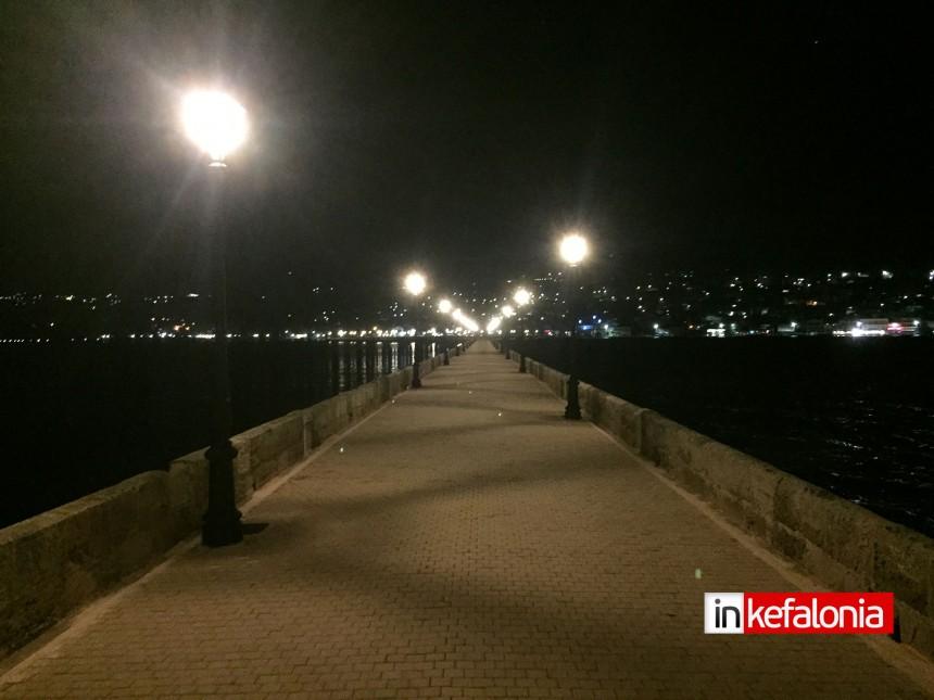 Φωταγωγήθηκε μόνιμα πλέον, η γέφυρα Δεβοσέτου