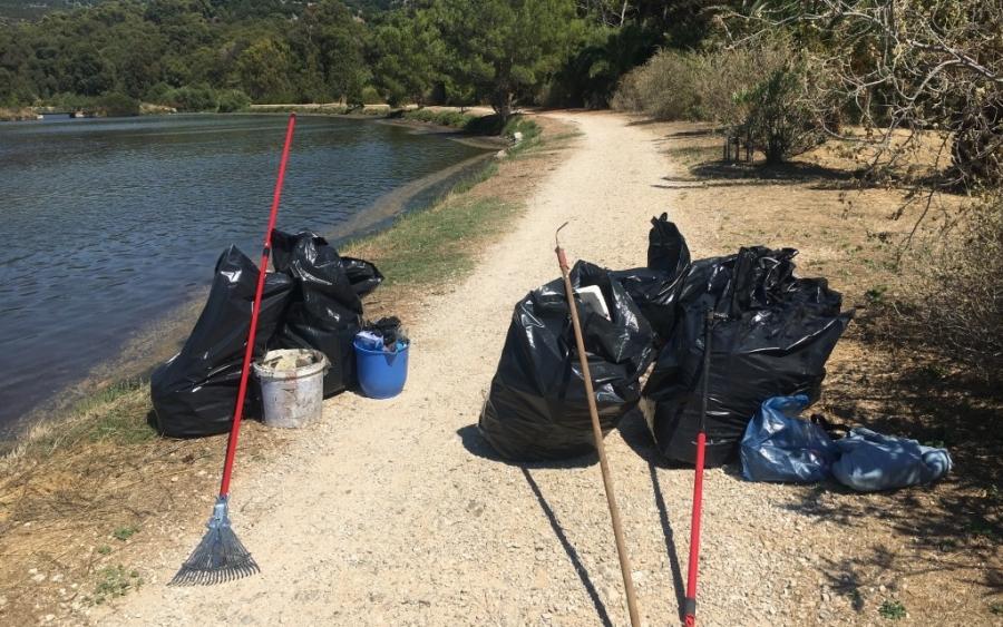 Εθελοντές καθάρισαν τον Κούταβο... Είναι όμως θέμα χρόνου να ξαναγίνει «σκουπιδότοπος» ... Τι κάνουμε γι' αυτό; (εικόνες)